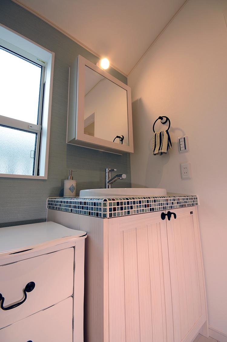 2階にもあると便利な洗面化粧台