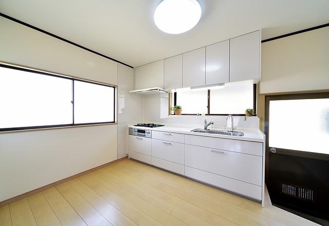 中古住宅の水廻りリフォーム:キッチン