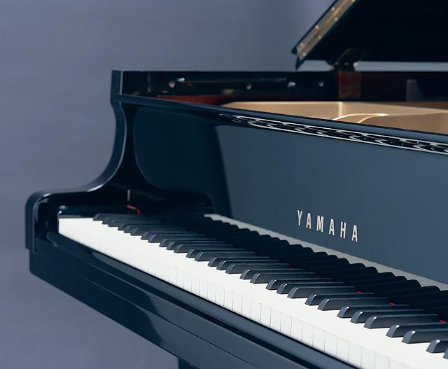 ピアノ床補強・エアコン設置:ピアノ床補強